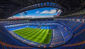 Sức chứa của sân vận động rất lớn
