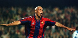 Ronaldo trong màu áo của Barca