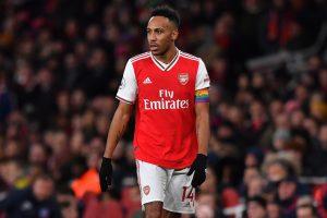 Trong đội hình Arsenal Pierre-Emerick Aubameyang chơi ở vị trí tiền đạo