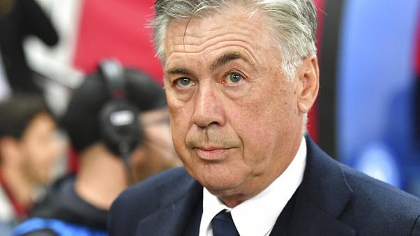 Carlo Ancelotti được coi là vị thần của AC Milan